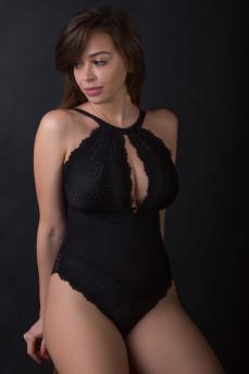 Кружевное сексуальное боди без кости с вырезом на груди Indulge Me от Curvy Kate