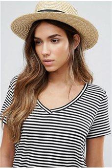 Соломенная шляпка канотье