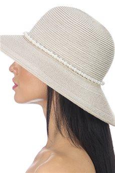 Классическая летняя шляпа с жемчужным украшением  от Delmare
